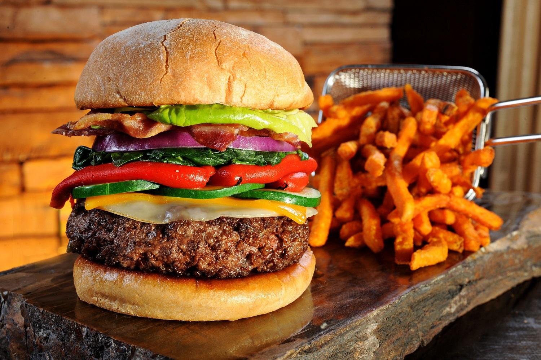Mandalay Bay - Burger Bar - Build your Own Burger and Fries