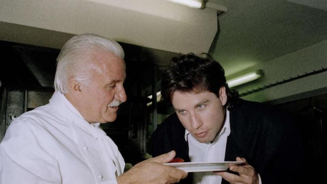 Roger Vergé fue un chef siempre polémico y rodeado de estrellas del celuloide