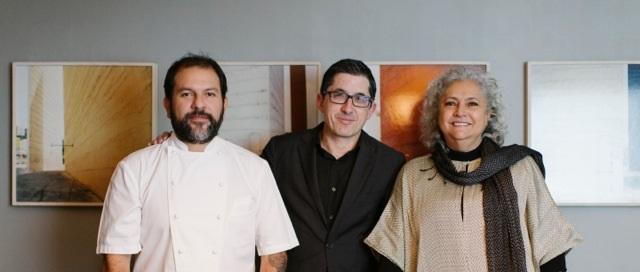 Enrique Olvera, Jose Mari Aizeaga y la escritora Laura Esquivel