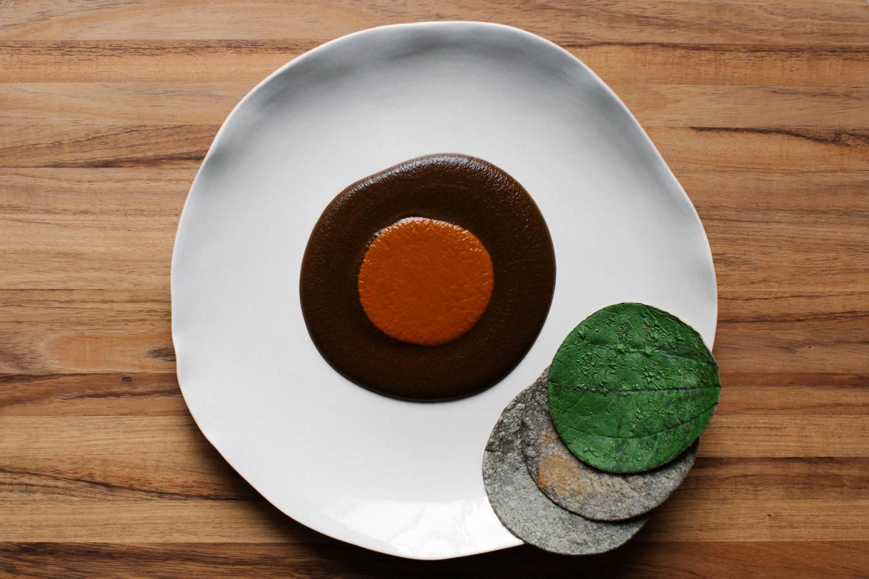 Mole madre de Enrique Olvera, el plato que impresionó al chef austriaco